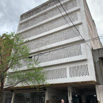 Cochera cubierta en venta / Calle 48 entre 12 y 13